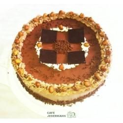 Haselnuss-Sahne-Torte ab 29,50 €